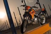 2006_XT125X_Photo_03_tcm35_87472.jpg